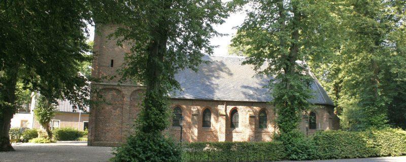 11753_Kootwijk_PKN._Hervormd_Gangulphuskerk_de_Brink_1_Gld_opname_14-08-2010_foto._André_van_Dijk_Veenendaal_(9)